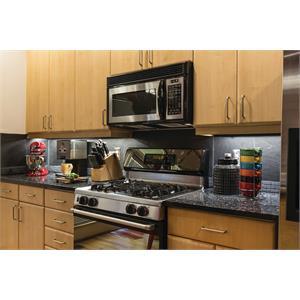 UCLD 12_Kitchen_004.jpeg