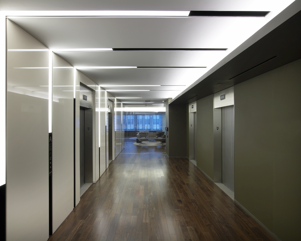 Slot 4 Led Recessed Linear Direct Illumination