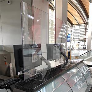 DSG_Application_Airport-counter.jpg