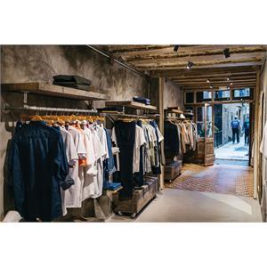 R610L BL_Clothing Store.jpg