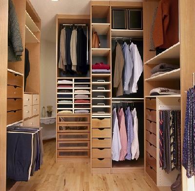 closet 400x400.jpg