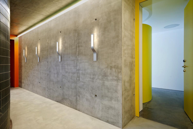 NOMI_radium hallway 2