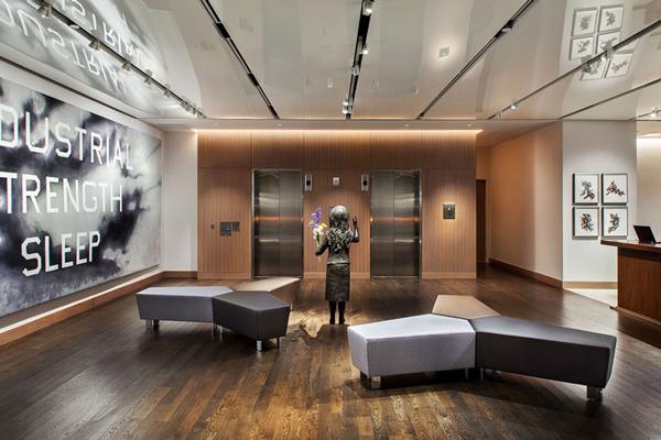 Juno-22-Art-Hotel-14-Lobby-Elevators-Aculux.jpg