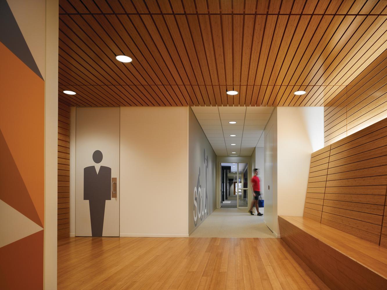 L6-L8_Bank Hallway.jpeg