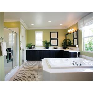 6RLD G4 WWH_Bathroom.jpeg